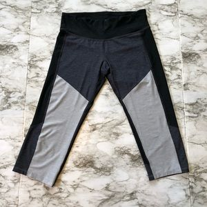 Champion-Gray/White Colorblock Cropped Leggings-M